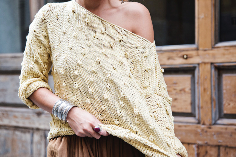We_Are_Knitters_For_Collage_Vintage-Outfit-Street_Style-24
