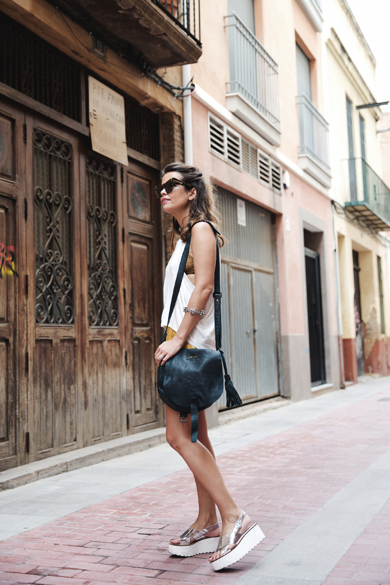 Yellow_Skirt-Silver_Wedges-Outfit-Street_Style-1012