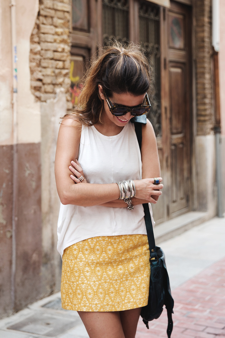 Yellow_Skirt-Silver_Wedges-Outfit-Street_Style-412
