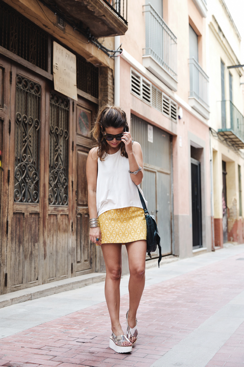 Yellow_Skirt-Silver_Wedges-Outfit-Street_Style-1612
