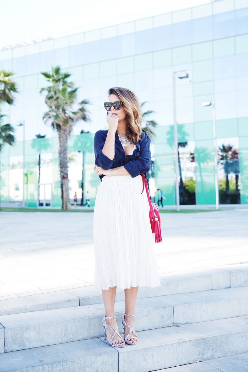 Mango_080_Barcelona-Midi_Skirt-Blue-Gucci-Snake_Sandals-Outfit-Street_Style-12