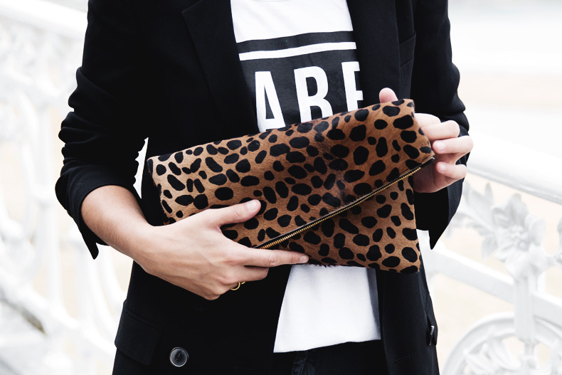 San_Sebastian-Lovers_And_Friends-Leopard_Clutch-Clare_Vivier-4