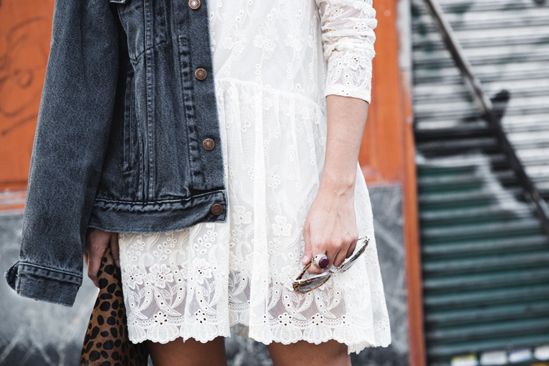 Vintage-Denim_Jacket-Lace_Dress-Olive_Clothing-Clare_Vivier-Leopard-Outfit-Street_Style-33
