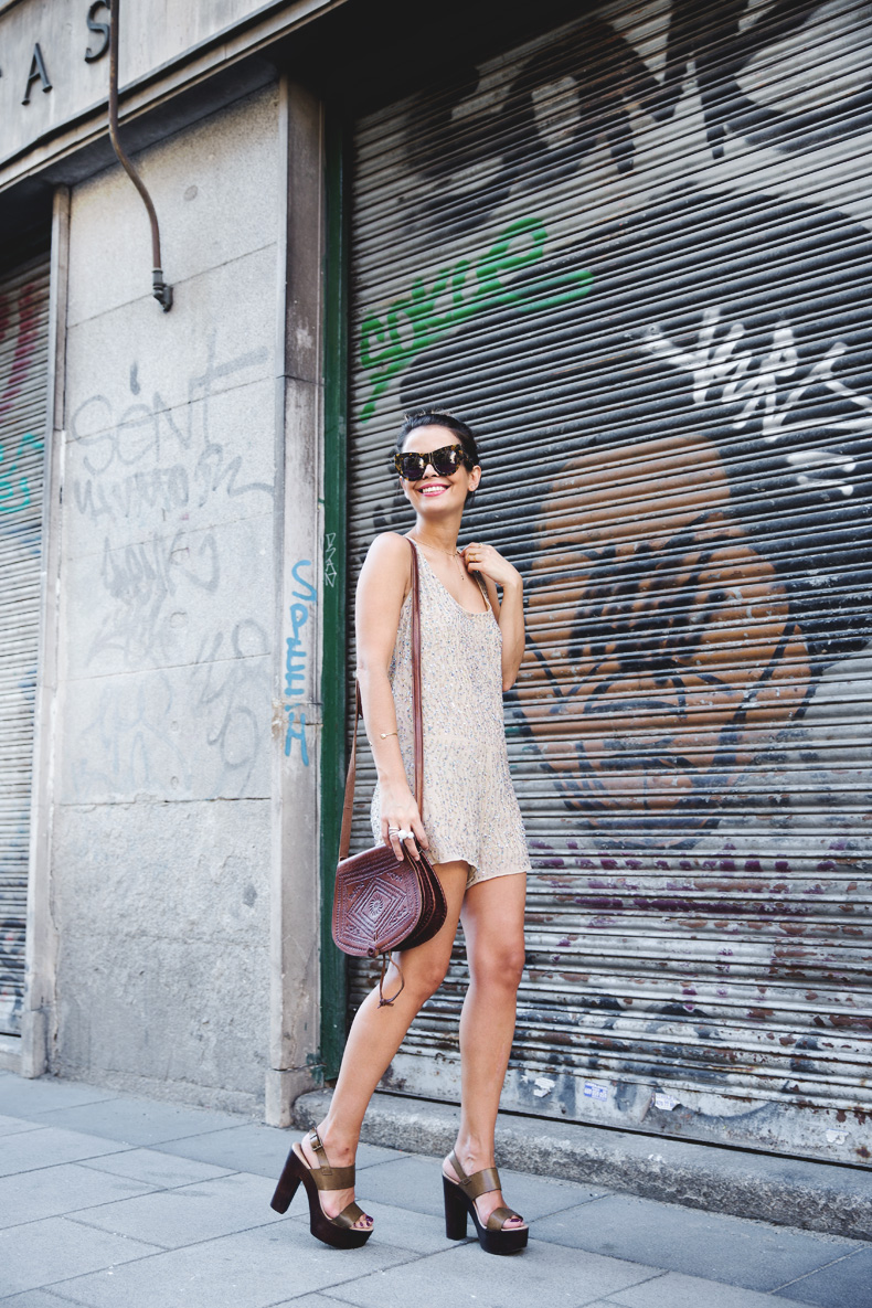 Daytime_Sequins-Gold_Jumpsuit-Zara-Street_Style-Collagevintage-14