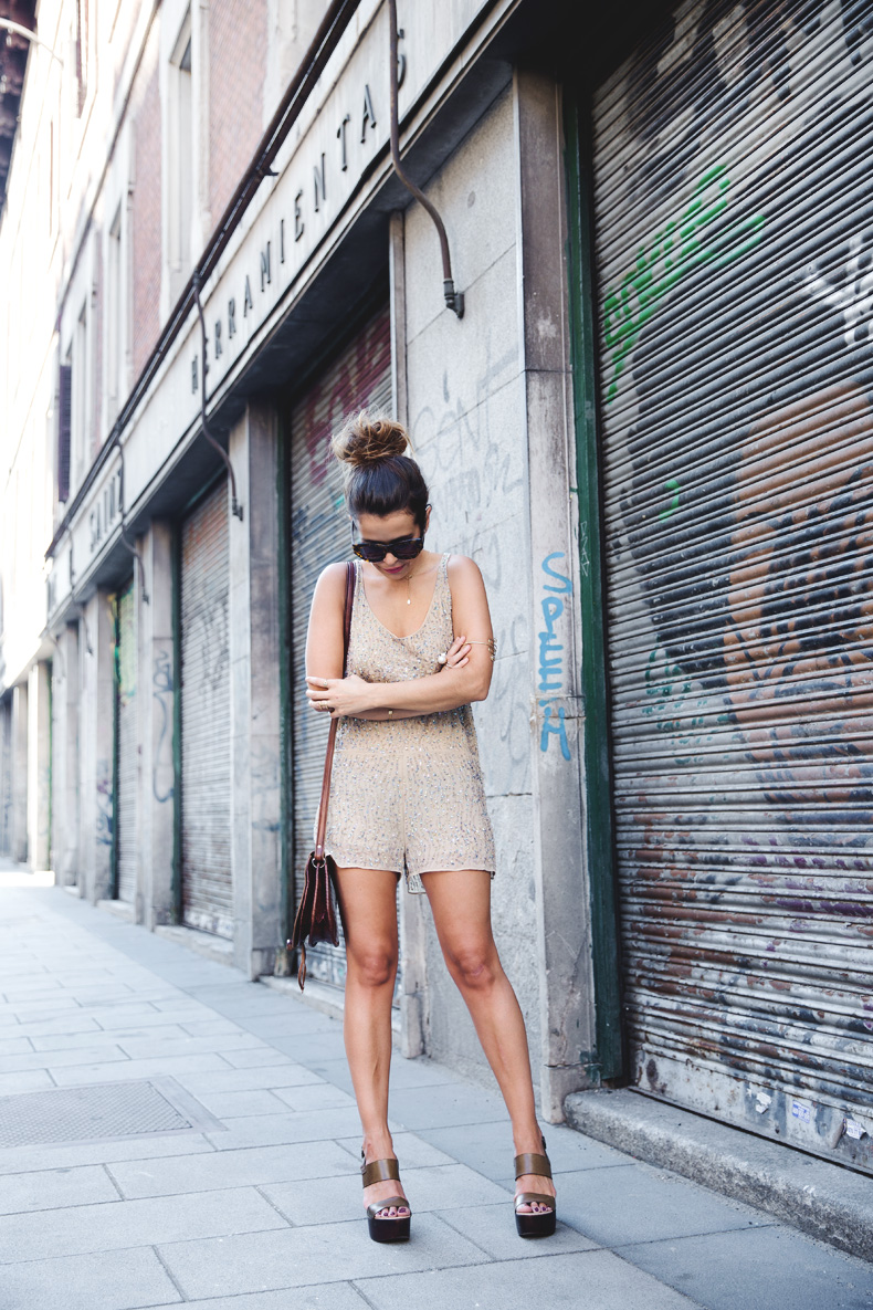 Daytime_Sequins-Gold_Jumpsuit-Zara-Street_Style-Collagevintage-15