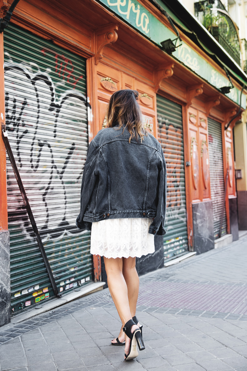 Vintage-Denim_Jacket-Lace_Dress-Olive_Clothing-Clare_Vivier-Leopard-Outfit-Street_Style-17