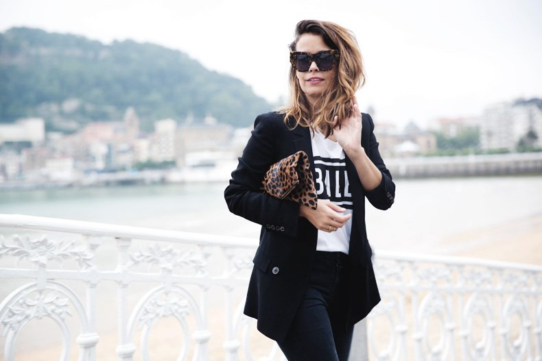 San_Sebastian-Lovers_And_Friends-Leopard_Clutch-Clare_Vivier-16