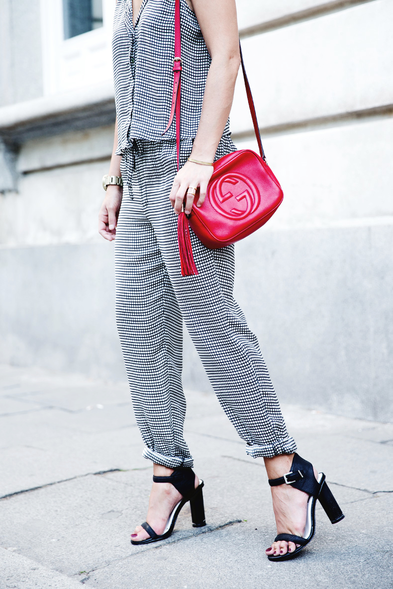 Matchy-Matchy-Black_And_White-Red_Bag-Gucci-10