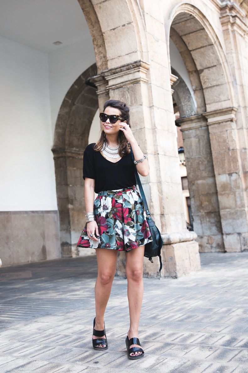 FIB-Floral_Skirt-Urban_Outfitters-Ugly_Shoes-412