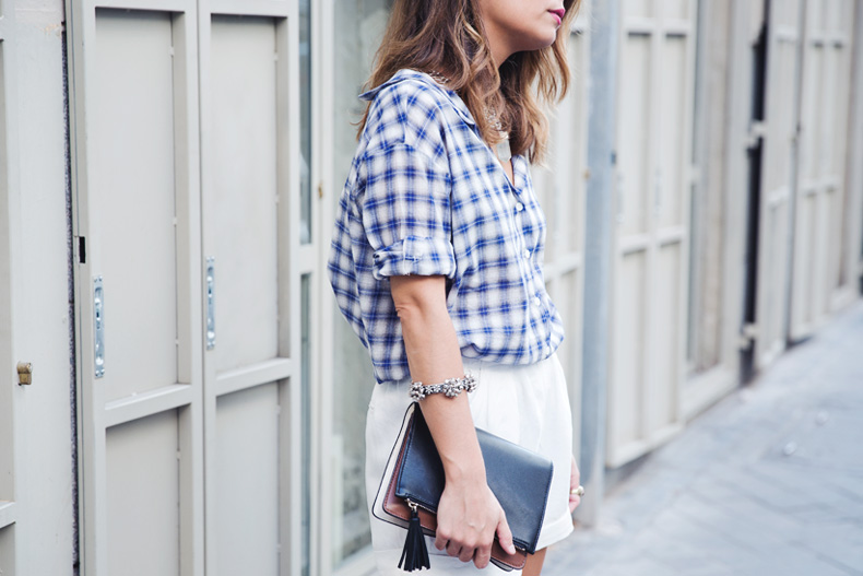 Tartan_Shirt-Olive_Clothing-White_Shorts-Outfit-Street_style-23