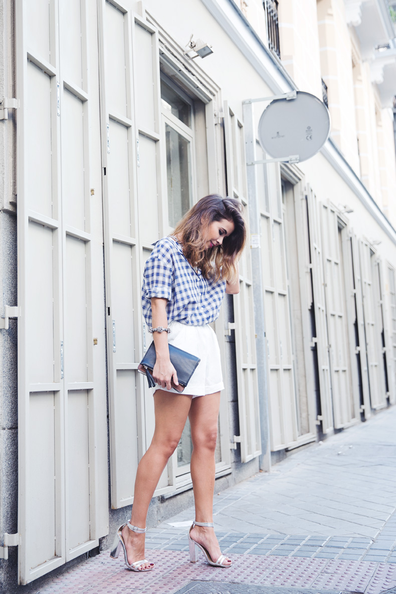 Tartan_Shirt-Olive_Clothing-White_Shorts-Outfit-Street_style-5