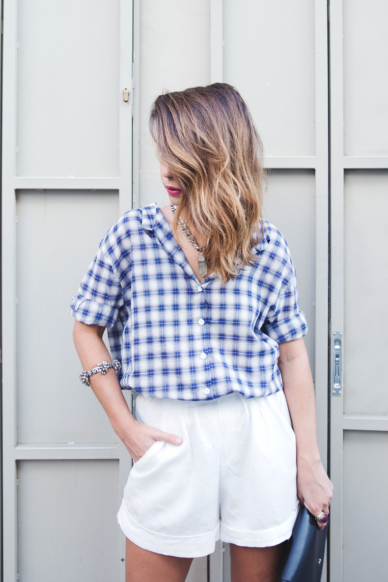 Tartan_Shirt-Olive_Clothing-White_Shorts-Outfit-Street_style-15
