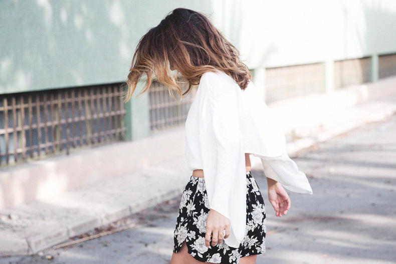 Floral_Shorts-BRandy_Melville-Cropped_Top-Outfit-30