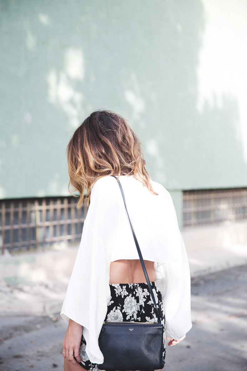 Floral_Shorts-BRandy_Melville-Cropped_Top-Outfit-2