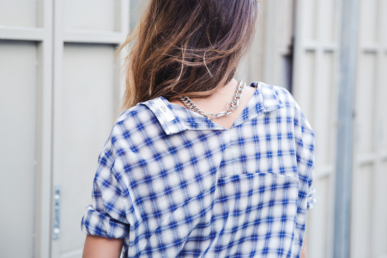 Tartan_Shirt-Olive_Clothing-White_Shorts-Outfit-Street_style-32