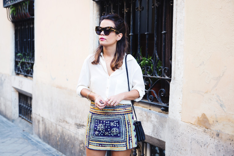 Superga_X_Man_Repeller-Yellow_Sneakers-Beaded_Skirt-Maria_Pascual_jewels-Street_Style-Collagevintage-16