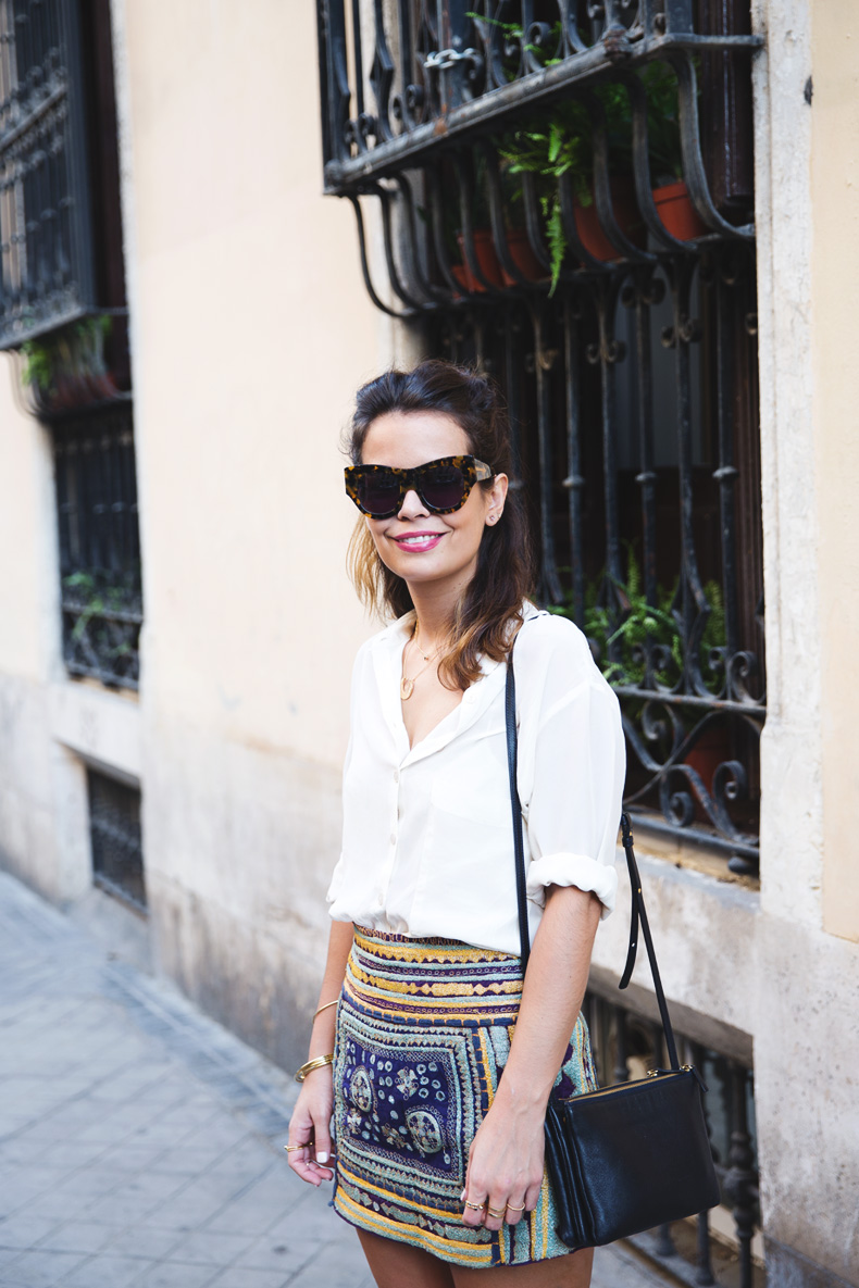 Superga_X_Man_Repeller-Yellow_Sneakers-Beaded_Skirt-Maria_Pascual_jewels-Street_Style-Collagevintage-2