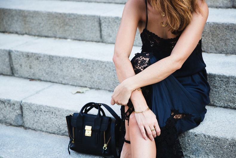 Lingerie_Dress-Studded_Sandals-Street_style-Outfit-38