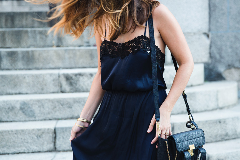 Lingerie_Dress-Studded_Sandals-Street_style-Outfit-25