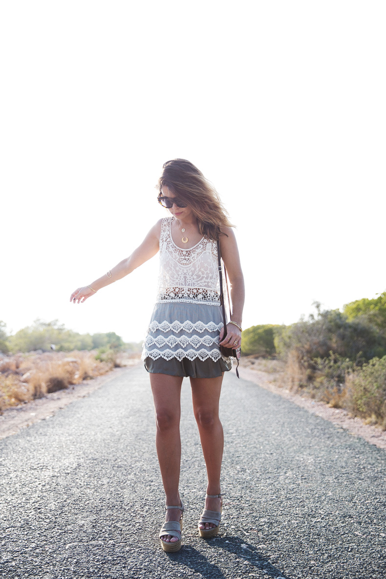 Festival_Outfit-Crochet_Top-Summer-Outfit-Collage_Vintage-12