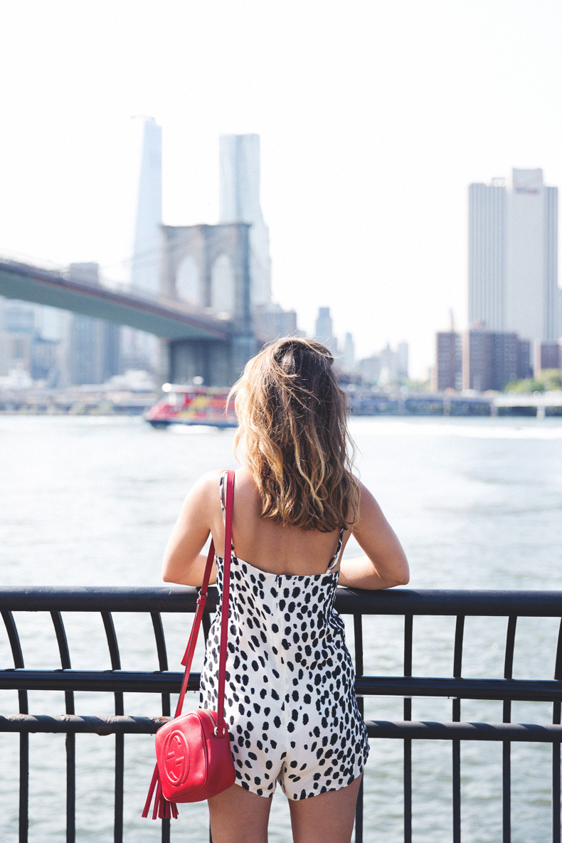 Dumbo_Brooklyn-NYC-Leopard_Jumpsuit-Friend_of_Mine-Revolve_Clothing-Senso-Street_Style-Avenue_K-Gucci_Disco_Bag-3