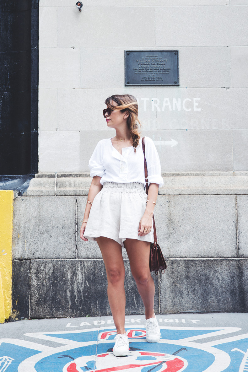 GhostBusters_Firestation-New_York-Shorts-Sneakers-Bersha-Outfit-NYFW-Fishbraid-14