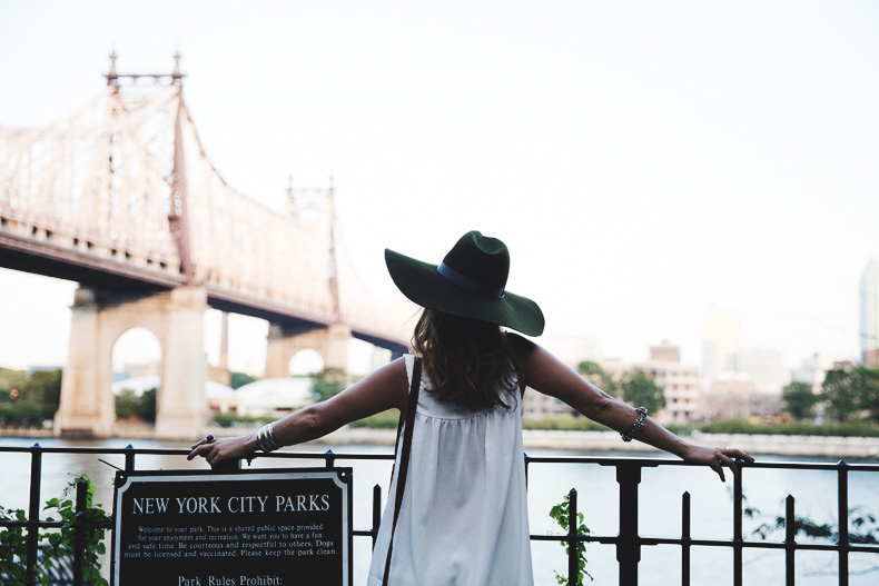 Manhattan-Lack_Of_Color_Hat-Vintage_Dress-NYC-Street_Style-Outfit-20