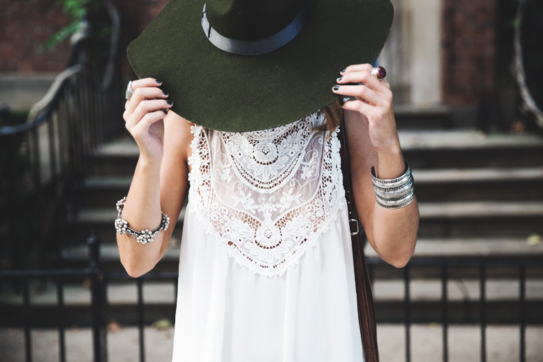 Manhattan-Lack_Of_Color_Hat-Vintage_Dress-NYC-Street_Style-Outfit-22