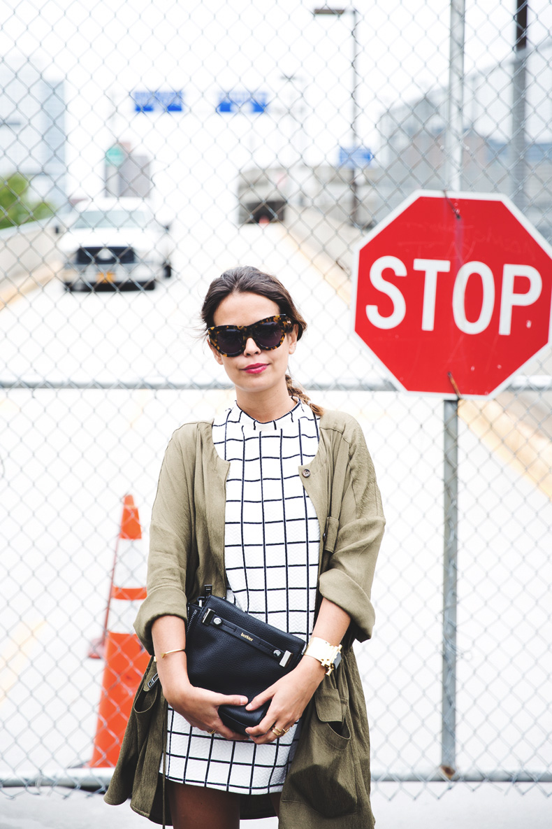 Plaid_Dress-Trench-Birks-Topshop-Back_To_Sixties-