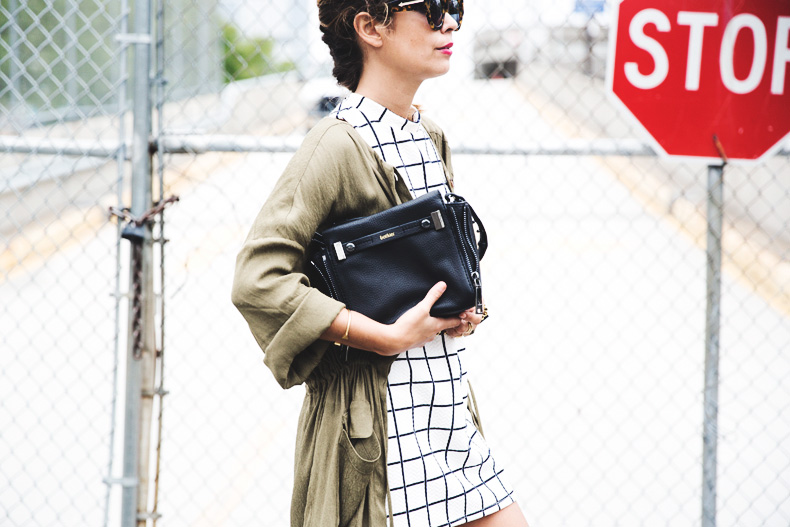 Plaid_Dress-Trench-Birks-Topshop-Back_To_Sixties-23