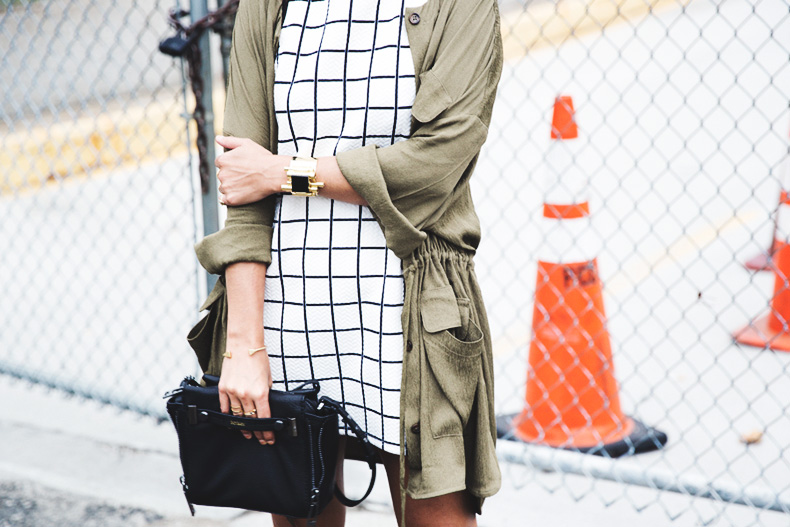 Plaid_Dress-Trench-Birks-Topshop-Back_To_Sixties-35