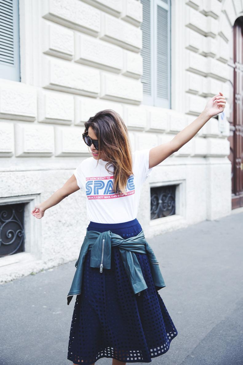 Space_Top-Reiss_Skirt-Midi_Skirt_Trend-Green_Biker-Street_Style-MFW-Milan_Fashion_Week-11