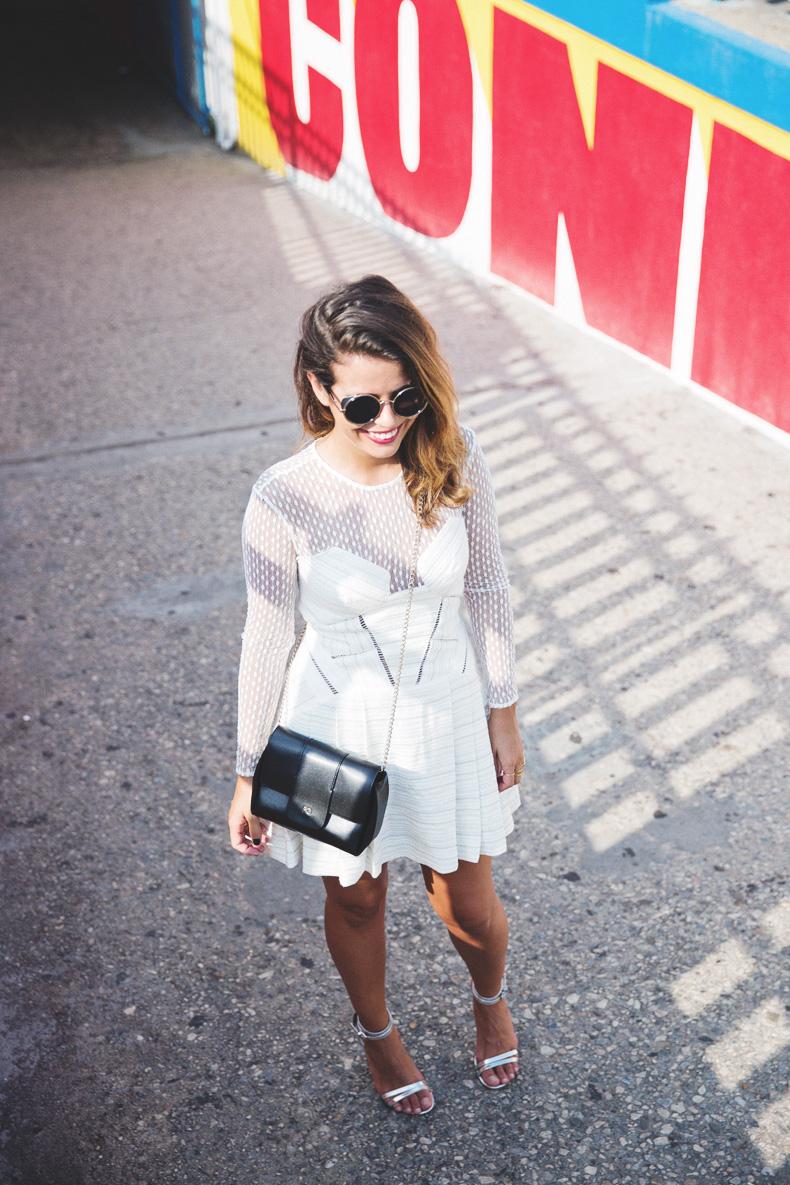 Wonder_Wheel-Coney_Island--White_Dress-Outfit-Styligion-Self_Portrait-26