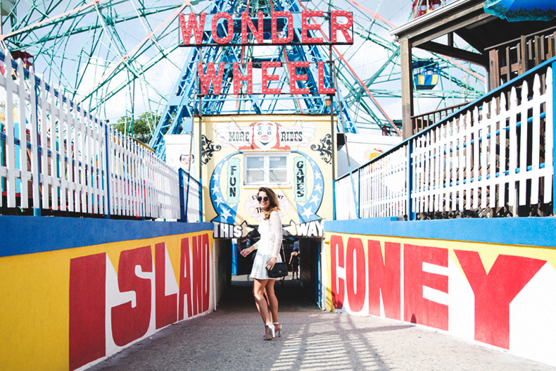 Wonder_Wheel-Coney_Island--White_Dress-Outfit-Styligion-Self_Portrait-29