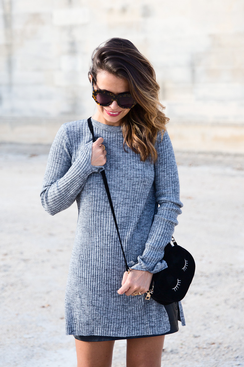 Black_Leather_Skirt-Brogues-Grey_Top-Cat_Bag-Outfit-Street_Style-Paris_Fashion_Week-PFW-15