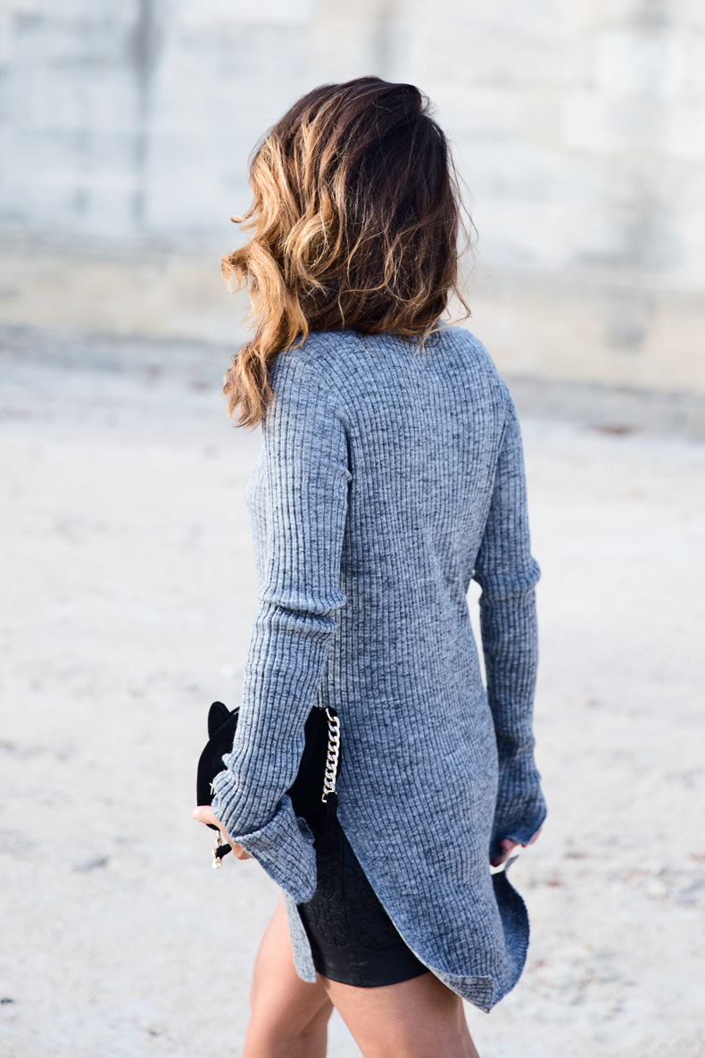 Black_Leather_Skirt-Brogues-Grey_Top-Cat_Bag-Outfit-Street_Style-Paris_Fashion_Week-PFW-7