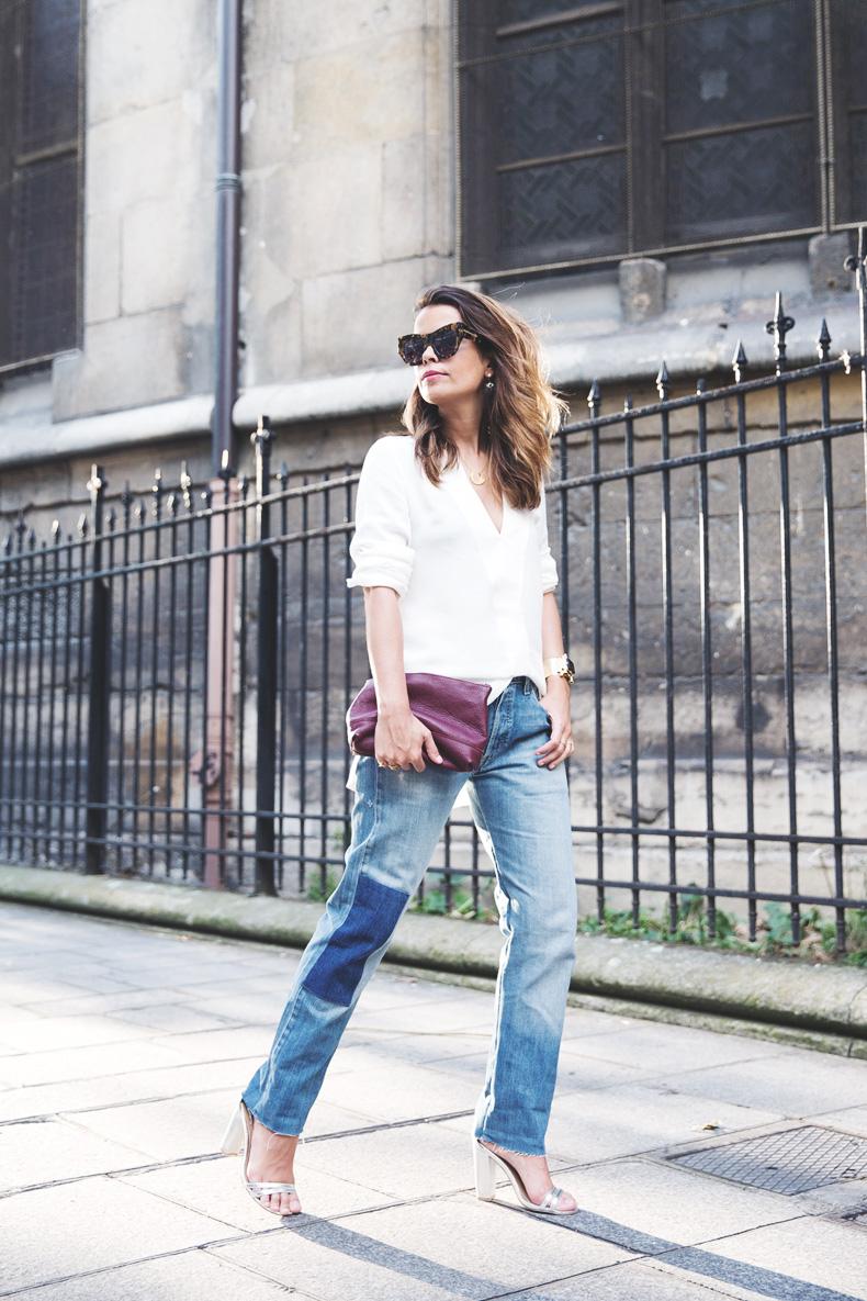 Denim_Levis_Vintage-White_Shirt-Sandals-Burgundy_Clutch-Paris-Street_Style-Karen_Walker-27
