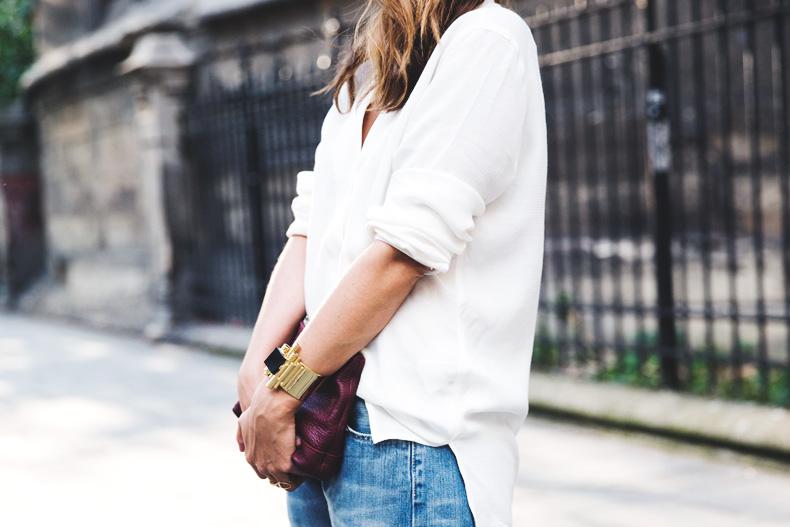 Denim_Levis_Vintage-White_Shirt-Sandals-Burgundy_Clutch-Paris-Street_Style-Karen_Walker-36