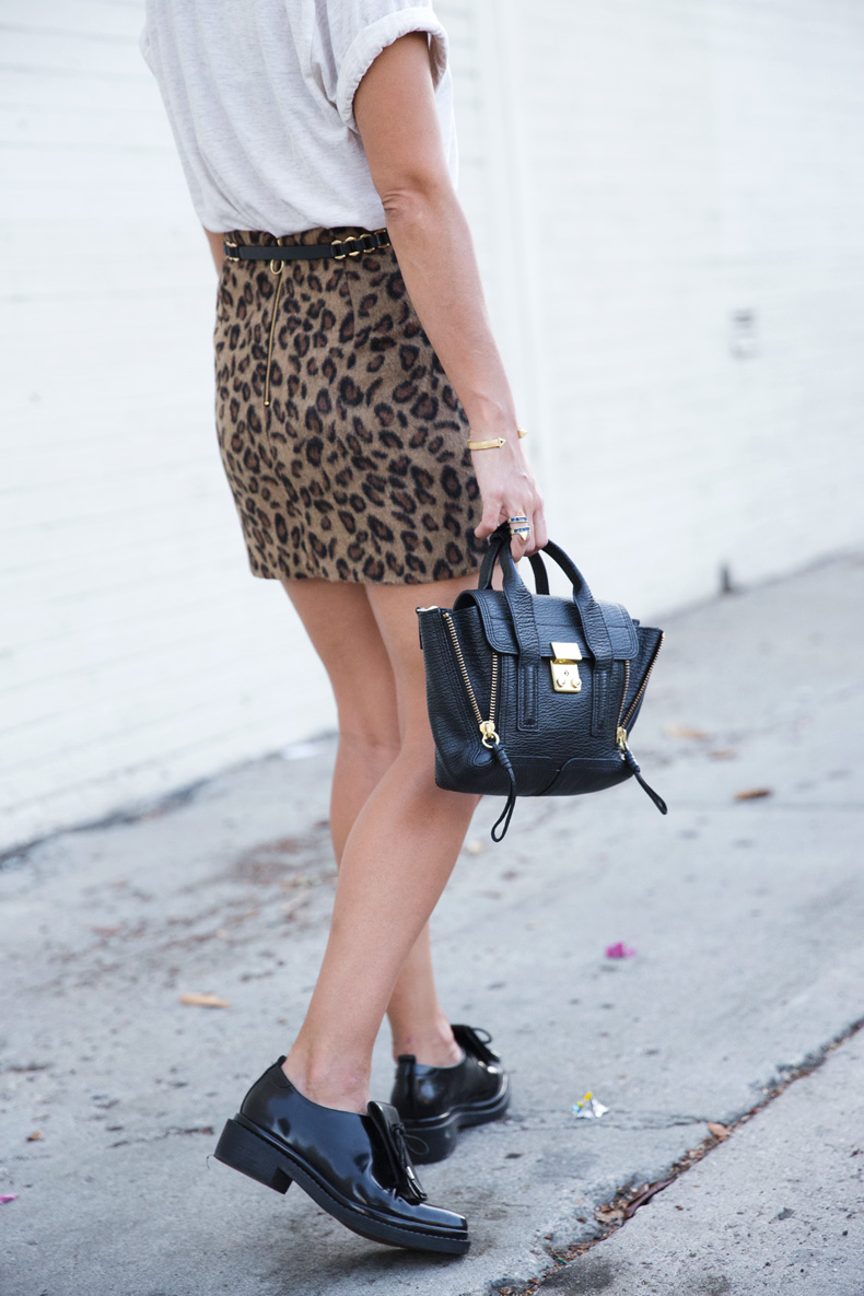 Leopard_Skirt-Topshop-Brogues-Phillip_Lim-Outfit-Street_Style-18