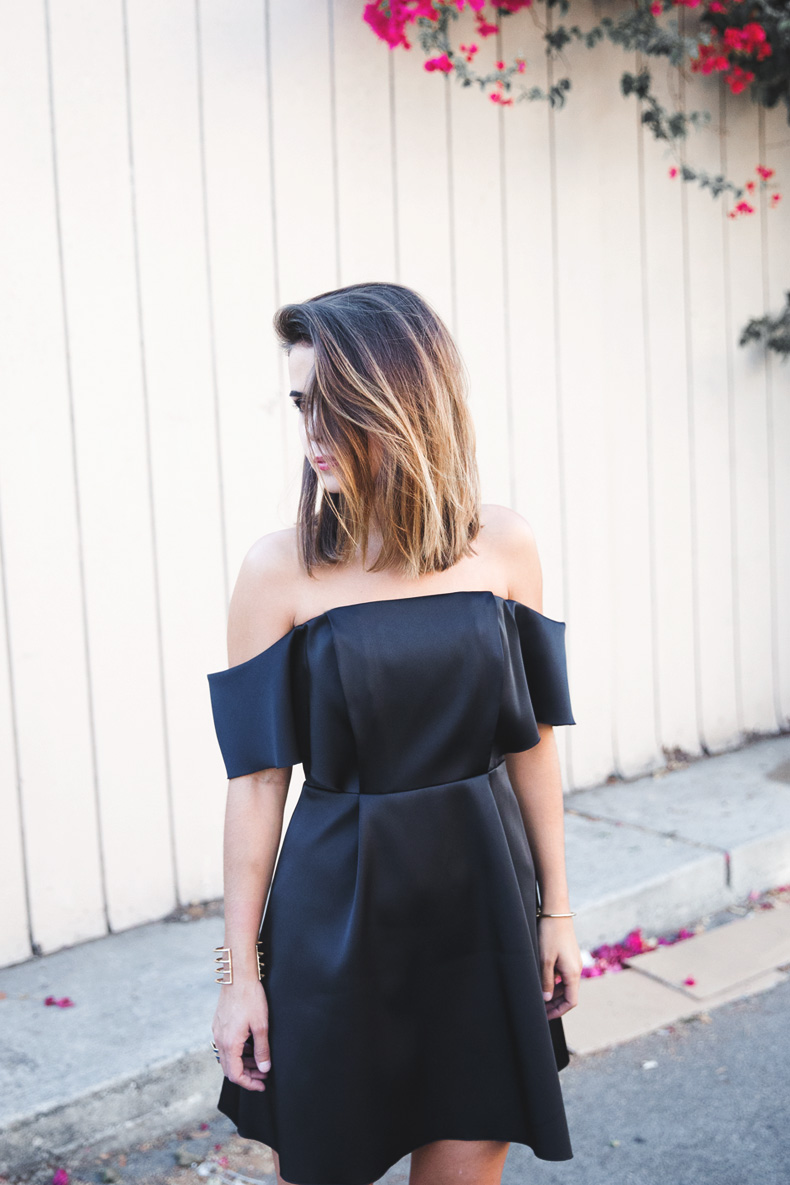 Sandro_Off_Shoulders_Dress-Night-Capsule_Collection-Outfit-Street_Style-LBD-Little_Black_Dress-14