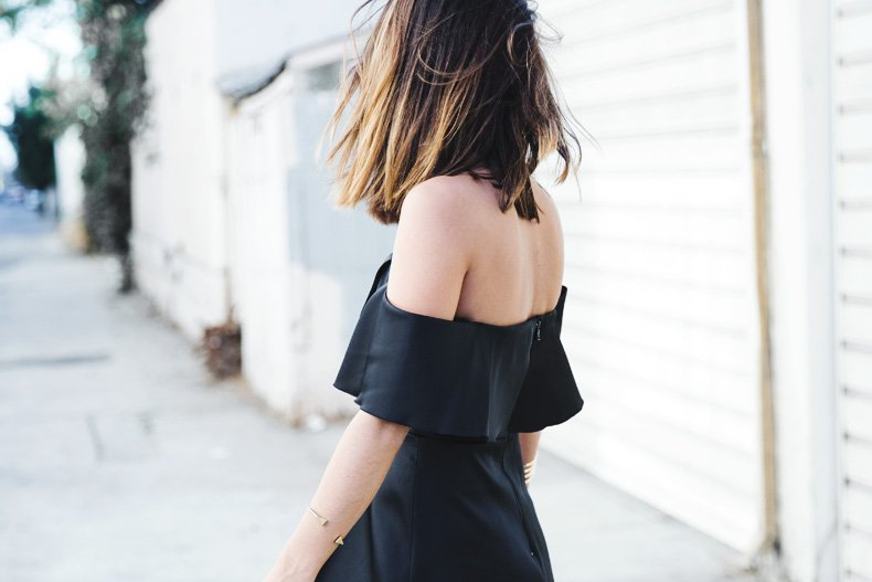 Sandro_Off_Shoulders_Dress-Night-Capsule_Collection-Outfit-Street_Style-LBD-Little_Black_Dress-32