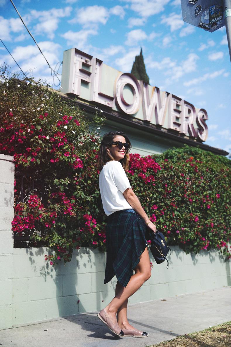 Shorts-Levi_Vintage-Los_Angeles-Los_Feliz-Casual_Outfit-Espadrilles-Street_Style-16