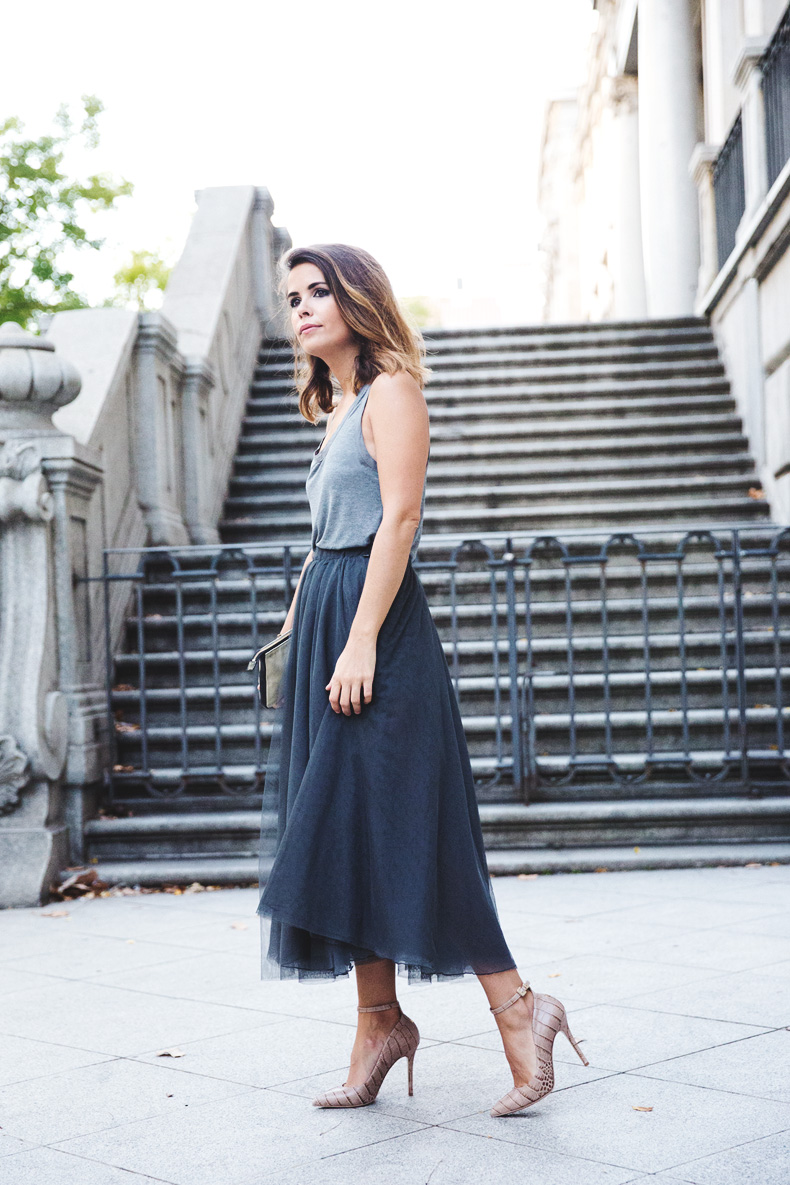 Tulle_Skirt-Twinset-Striped_Blazer-Outfit-Street_Style-Collage_Vintage-