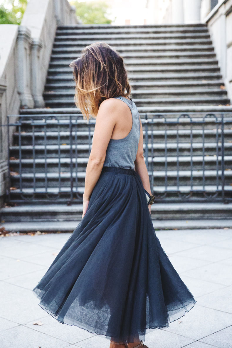 Tulle_Skirt-Twinset-Striped_Blazer-Outfit-Street_Style-Collage_Vintage-1
