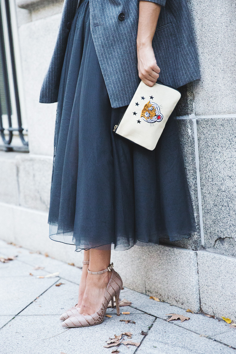 Tulle_Skirt-Twinset-Striped_Blazer-Outfit-Street_Style-Collage_Vintage-28