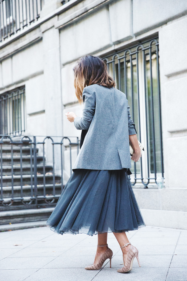 Tulle_Skirt-Twinset-Striped_Blazer-Outfit-Street_Style-Collage_Vintage-50