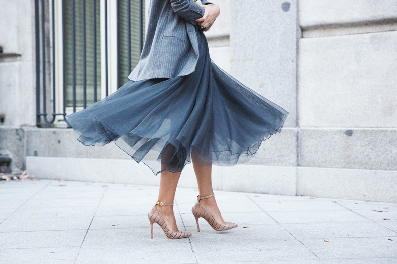 Tulle_Skirt-Twinset-Striped_Blazer-Outfit-Street_Style-Collage_Vintage-76