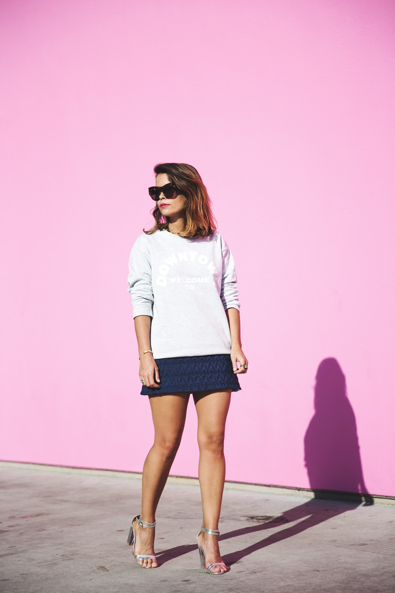 Collage_Vintage_Sweatshirt-Quilted_Skirt-Pink_Wall-Los_Angeles-Outfit-Street_Style-