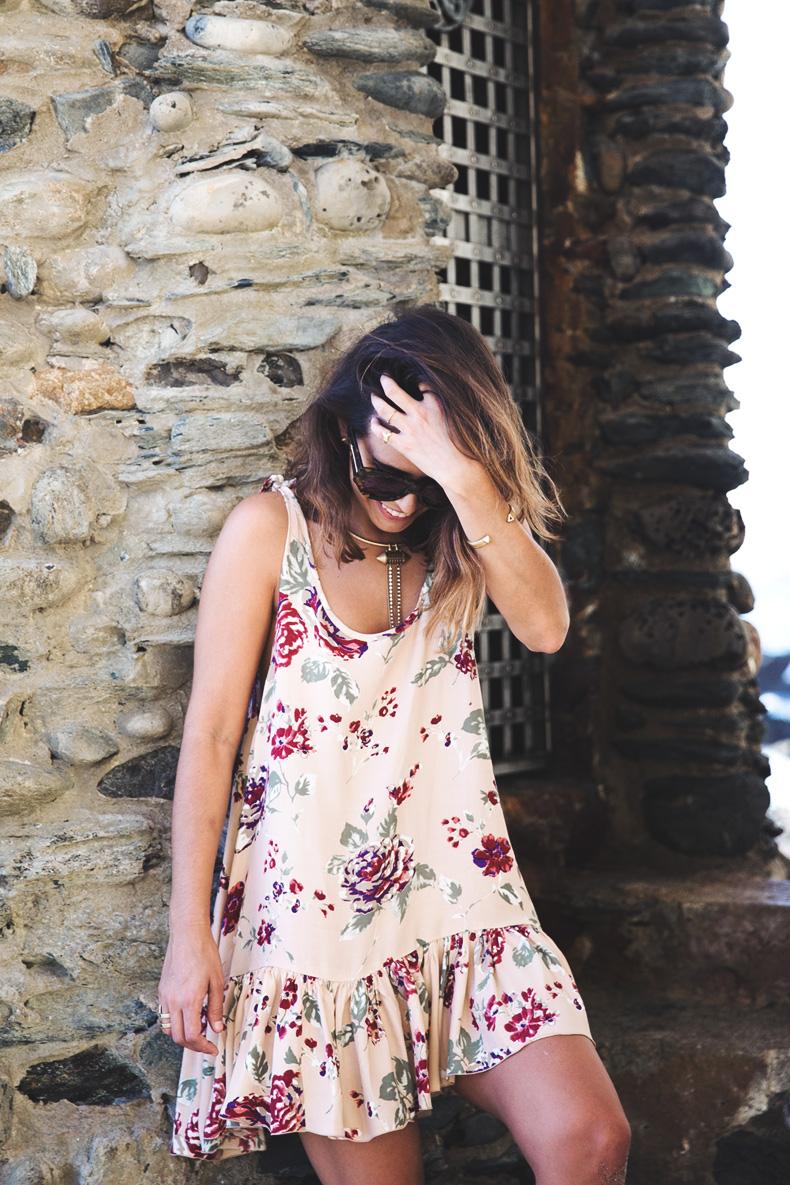 Laguna_Beach-Orange_County-Open_Back_Dress-Floral_Print-Faithfulthebrand-Beach-1