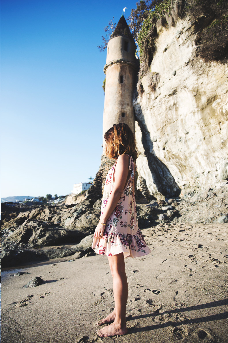 Laguna_Beach-Orange_County-Open_Back_Dress-Floral_Print-Faithfulthebrand-Beach-11